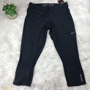 Brand New ♥️ Nike Relay Crop Leggings